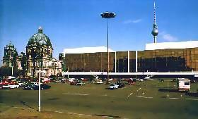Palast der Republik in OST_Berlin